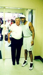kenny smith at basketball camp
